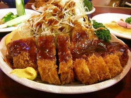 Introduction to Japanese Food – Tonkatsu | i heart japan ...